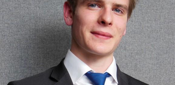 Moi Apprenti ! Romain, 19 ans, BAC Pro à l'école EPMTTH de Paris