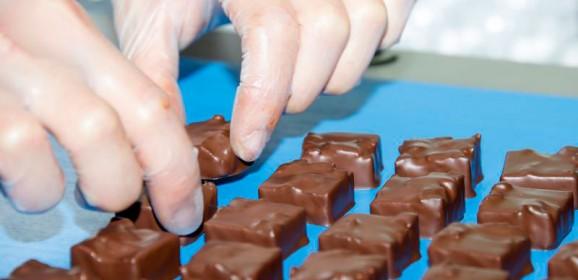Le tempérage, l'enrobage, le trempage par Jean-Pierre Richard M.O.F. Chocolatier