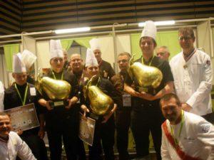 Arts Gourmands - 1er Prix CFA ernest MEYER avec le Président Pierre MIURGALET